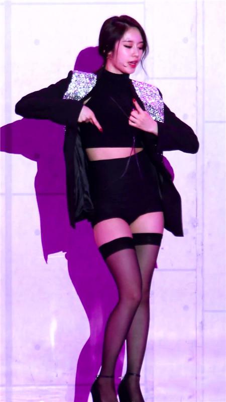 tara智妍的不良照,tara智妍比基尼内衣写真高清图片